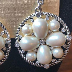 Monet Jewelry - 2009 Monet Runway Statement Necklace/earrings
